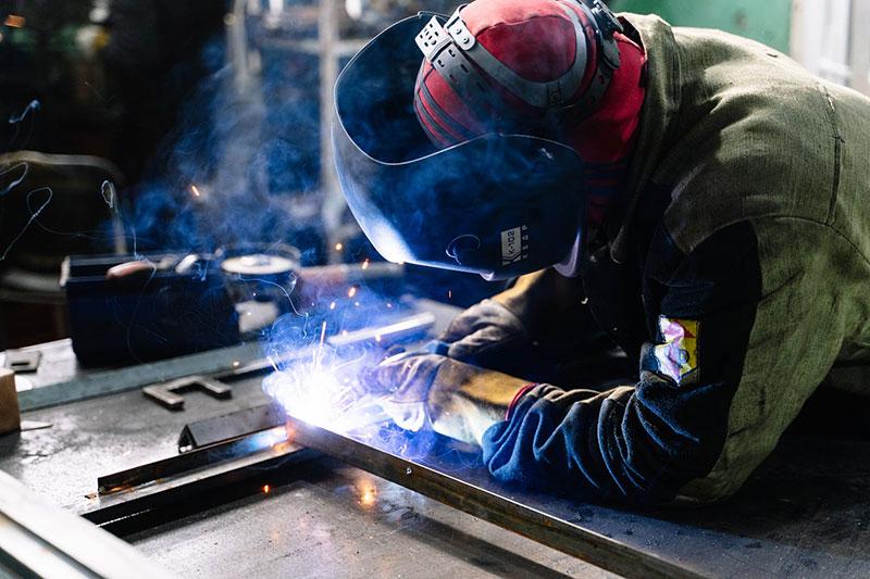 how to start a mechanic shop - Get Training