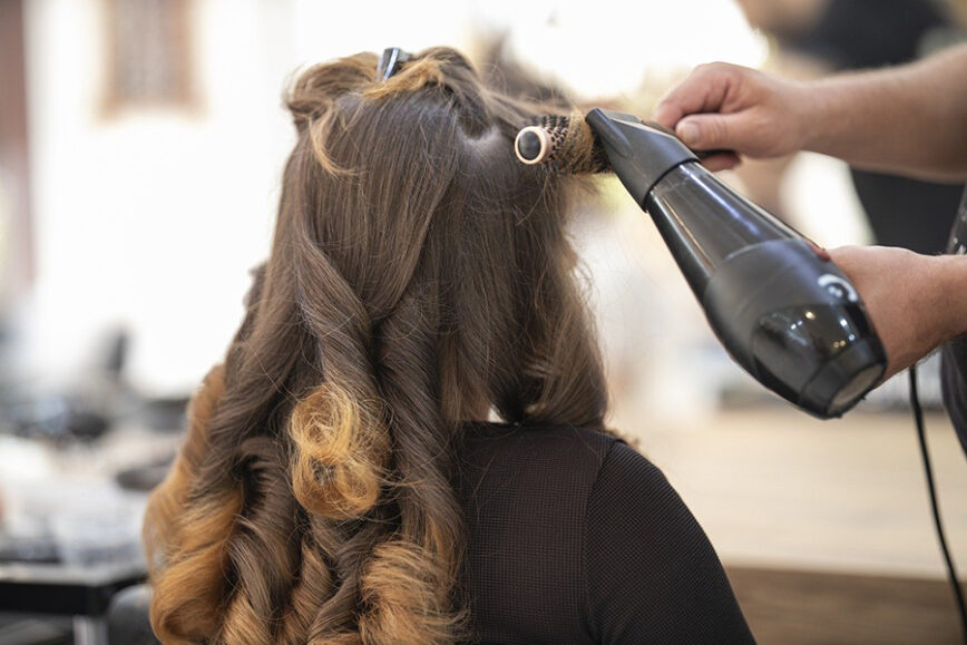 How To Manage A Salon Successfully (Salon Manager Tips)