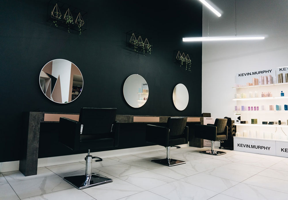 How To Get More Clients In A Salon (The Ultimate Guide)