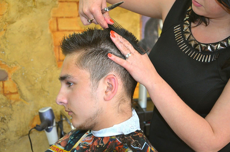 What Is A Hairdressing Consultation?