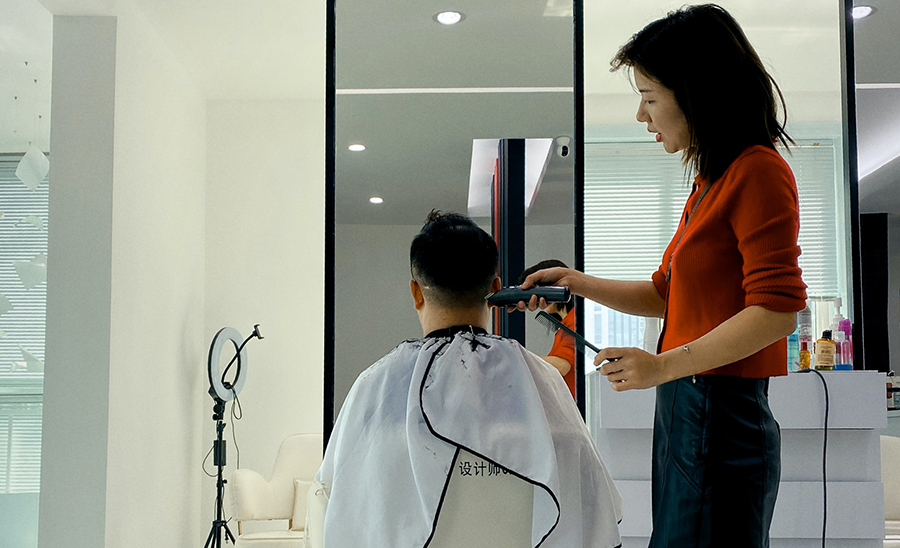 How To Recruit Hair Stylists For Your Salon