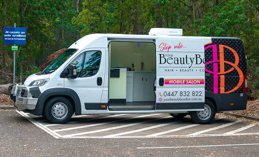 Guide to Start a Mobile Hair Salon And Be Successful