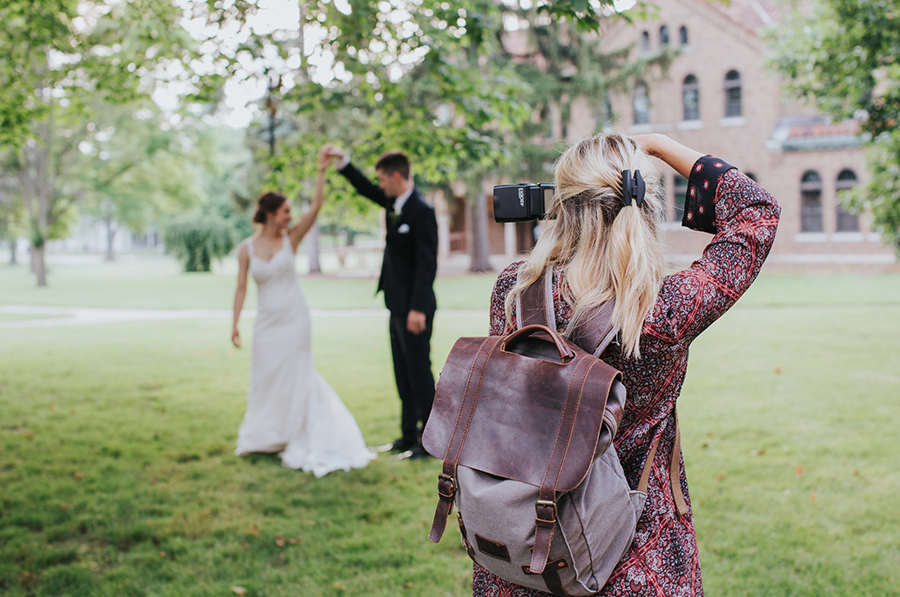 How To Start A Wedding Photography Business (Great Guide)