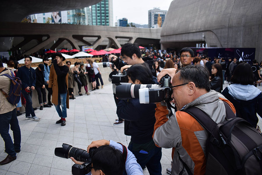 How To Become A Photojournalist: The Steps To Take