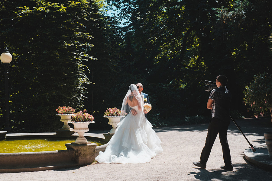 Wedding Photography Styles to Use for Your Next Photoshoot